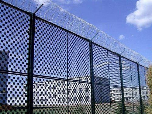 梅花刺护栏网