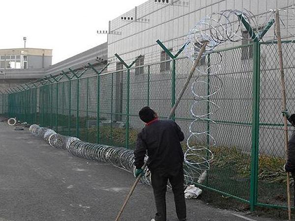 监狱刀刺网安装
